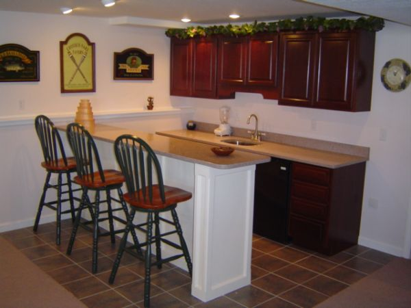 Kitchen wet bar