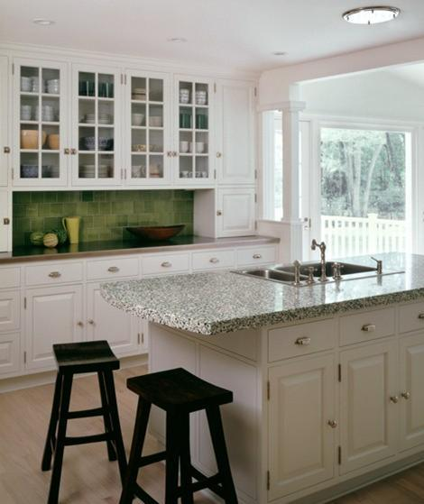 Green-Traditional-Backsplash-Tile
