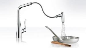 hg_metris-kitchen-mixer-handspray-ambience-out_730x411