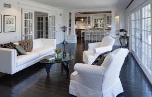 dark-wood-floors-living-room-e1347800345261