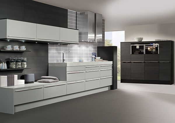 elegant-scheme-for-modern-signature-harrogate-monochrome-black-kitchen-design