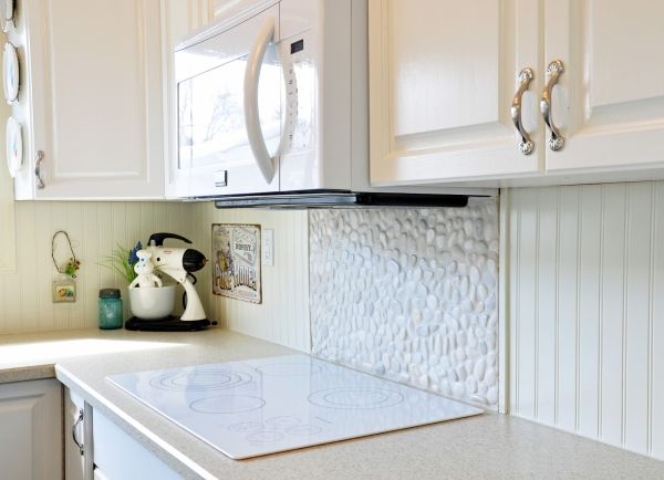 Pebble tile Backsplash_2