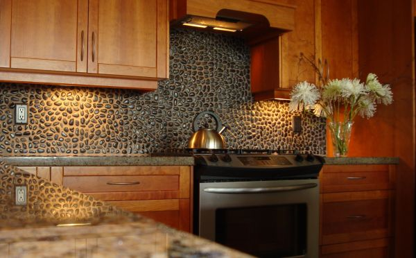 Pebble tile Backsplash_3
