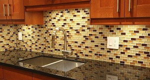 Glass tile kitchen backsplash