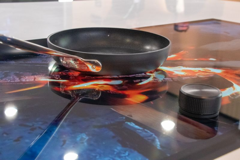 GHSP video-enabled induction cooktop