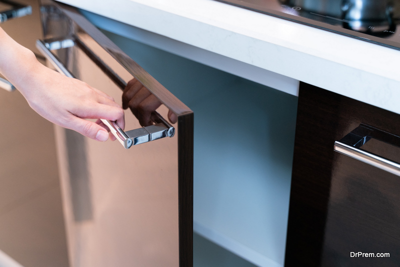 pullying-drawer-handle